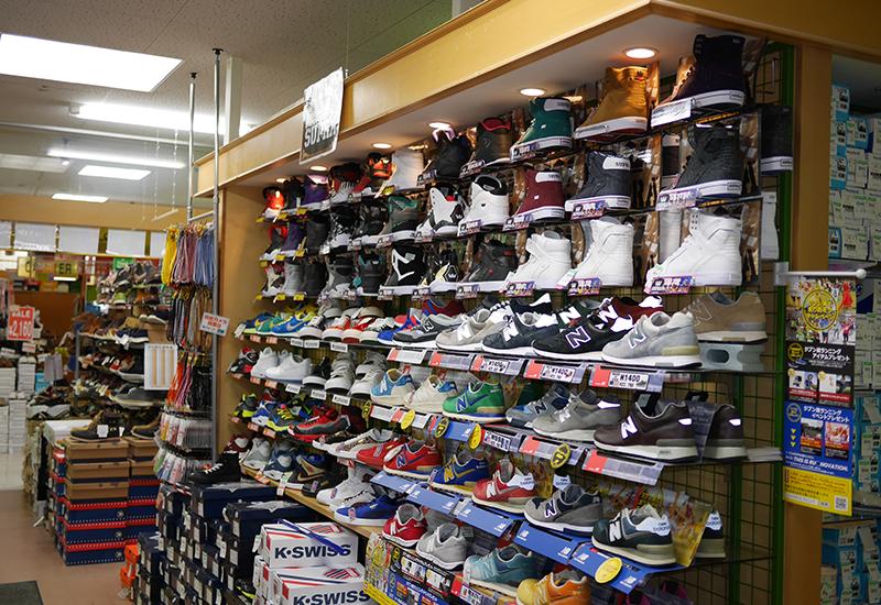 靴のまつや店舗写真03