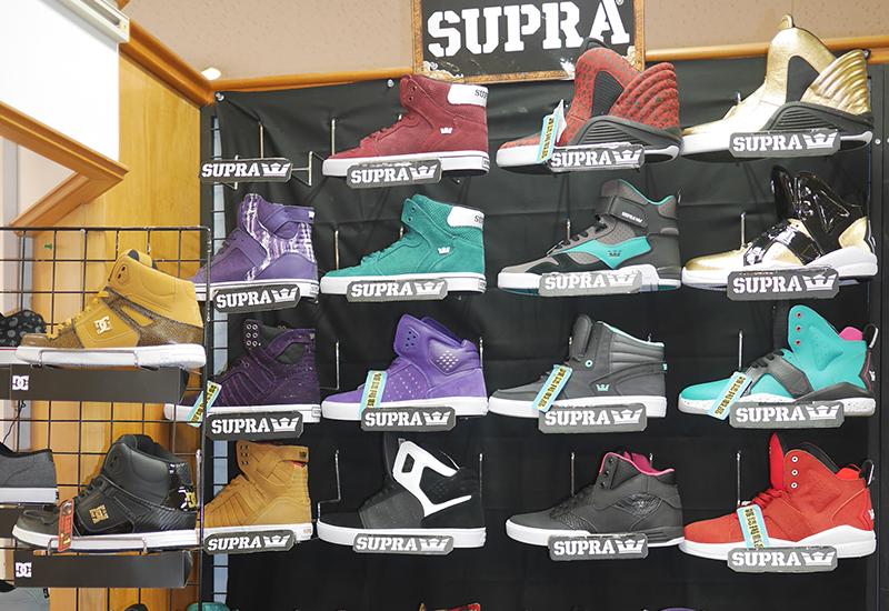 靴のまつや店舗写真04