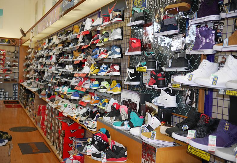 靴のまつや店舗写真06